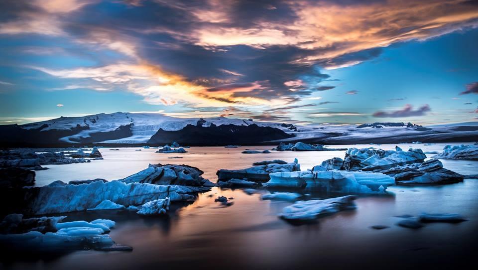 すごく単純だけど、意外と知られていない「氷河が青いワケ」