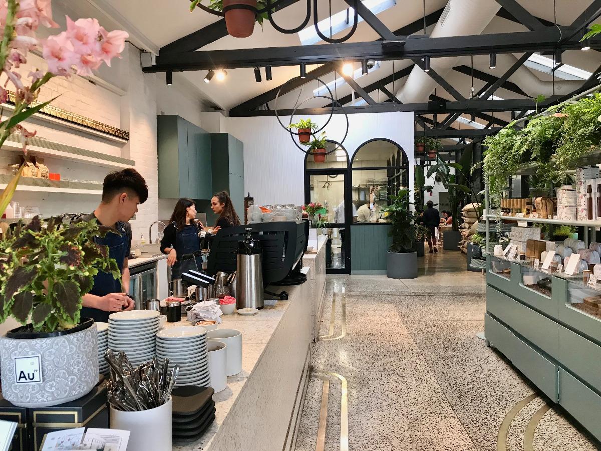 コーヒーの街、メルボルンで「絶対外せないカフェ」7店
