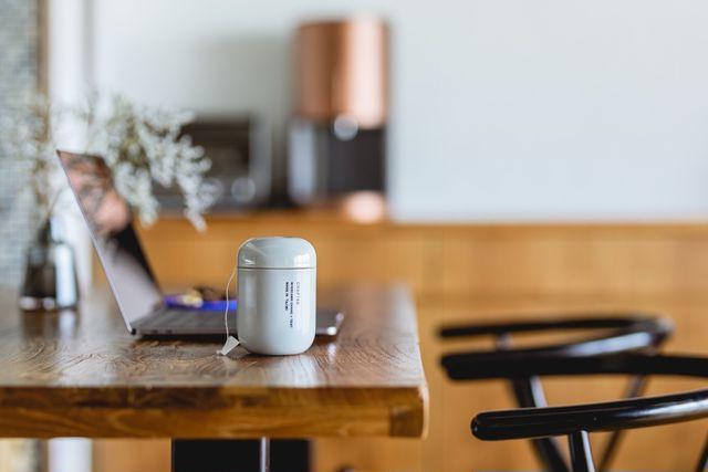 美濃加茂茶舗「チャプター」の机の上での佇まい